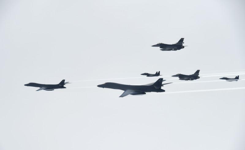 '한·미·일 공조' 강화는 대북 군사 위협 강화를 수반한다