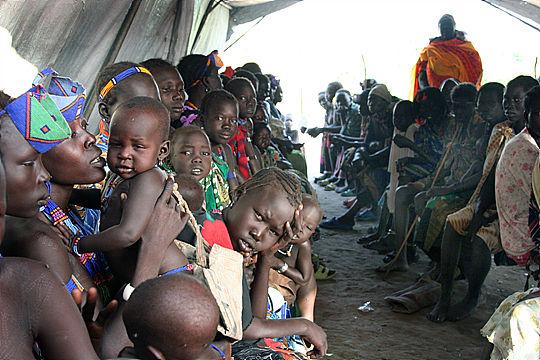 최초의 기후전쟁, 수단 다르푸르에서 벌어진 내전으로 난민이 된 사람들