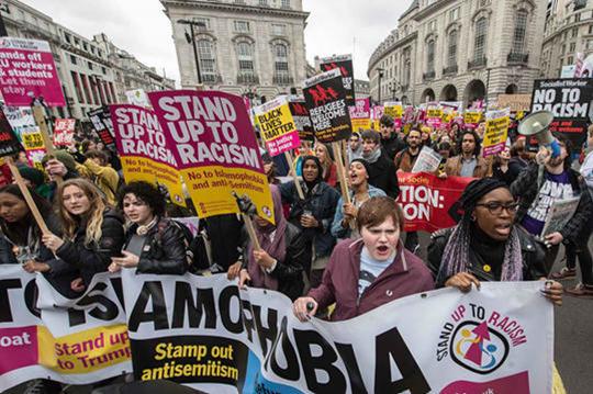 운동들이 제공하는 기회를 잘 살리려면 사회주의자가 능동적으로 관여해야 한다